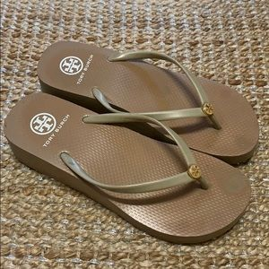 Tory Burch cream tan sandals